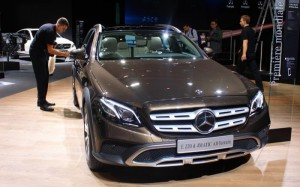 Auto Show de París 2016: Mercedes Benz Clase E All Terrain: un  muy interesante auto familiar.