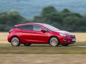 Opel Astra Hatchback 5 puertas 2017: atractivo, atlético y eficiente