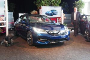 Honda Accord Hybrid 2017: mejor diseño y nueva mecánica.