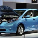 Nissan Leaf 2017: La gran novedad es sin duda que para el próximo año su autonomía llegará hasta los 500 kilómetros, lo que lo convertirá en uno de los autos más interesantes del mercado y de su categoría. Con estos número superaría al actual Tesla.