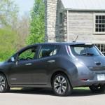 2017 Nissan Leaf: Rivals: Ford Focus eléctrico, Renault ZOE, Volkswagen eGolf and Honda Fit EV.