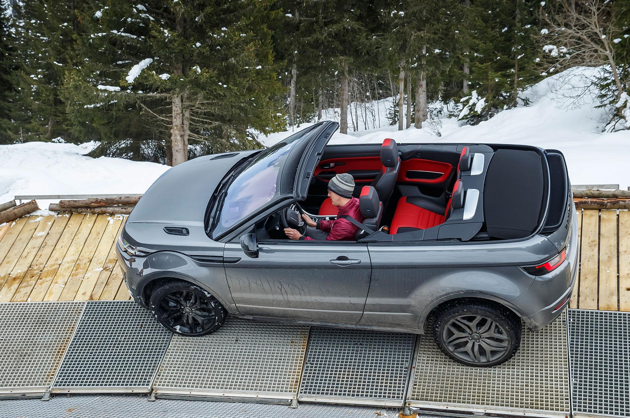 range rover evoque convertible 2017 lujo y poder lista de carros. Black Bedroom Furniture Sets. Home Design Ideas