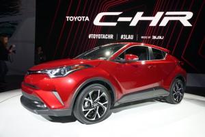 Toyota C-HR 2018, dinámica y deportiva.