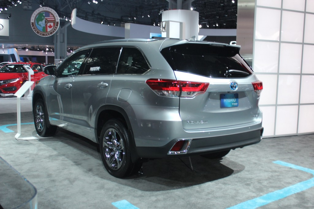 toyota highlander 2017 comodidad elegancia y deportividad lista de carros. Black Bedroom Furniture Sets. Home Design Ideas