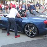 Ferrari F60 América: Aunque la Ferrari es bastante reservada para informar los precios de sus ediciones limitadas es un secreto a voces que el F60 América tiene un precio de un poco más de 2.5 millones de dólares. Si alguien duda de que su precio es muy elevado les contamos que las 10 unidades están ya vendidas.
