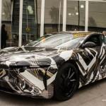 Lucid Motors Air concept: Su potencia le permite ser un carro bastante rápido ya que tendrá una aceleración de 0 a 100 km en tan solo 2.5 segundos. Esto significa que tendrá la misma velocidad que el mismo Testa S, pero que será más potente y rápido que otros superdeportivos de mayor precio como por ejemplo el Ferrari LaFerrari Aperta y el nuevo Lamborghini Aventador S. Su precio rondará los $160,000 dólares.