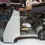 Honda NeuV Concept: A partir de sus prototipos y concepts tecnológicos expuestos en la feria americana, podemos afirmar que la marca apuesta por vehículos que se comunicarán entre sí y con las infraestructuras para mitigar las congestiones de tráfico y eliminar los accidentes. Asimismo, busca incrementar la productividad de los usuarios de la carretera y ofrecer nuevas experiencias de entretenimiento en el interior de los vehículos.