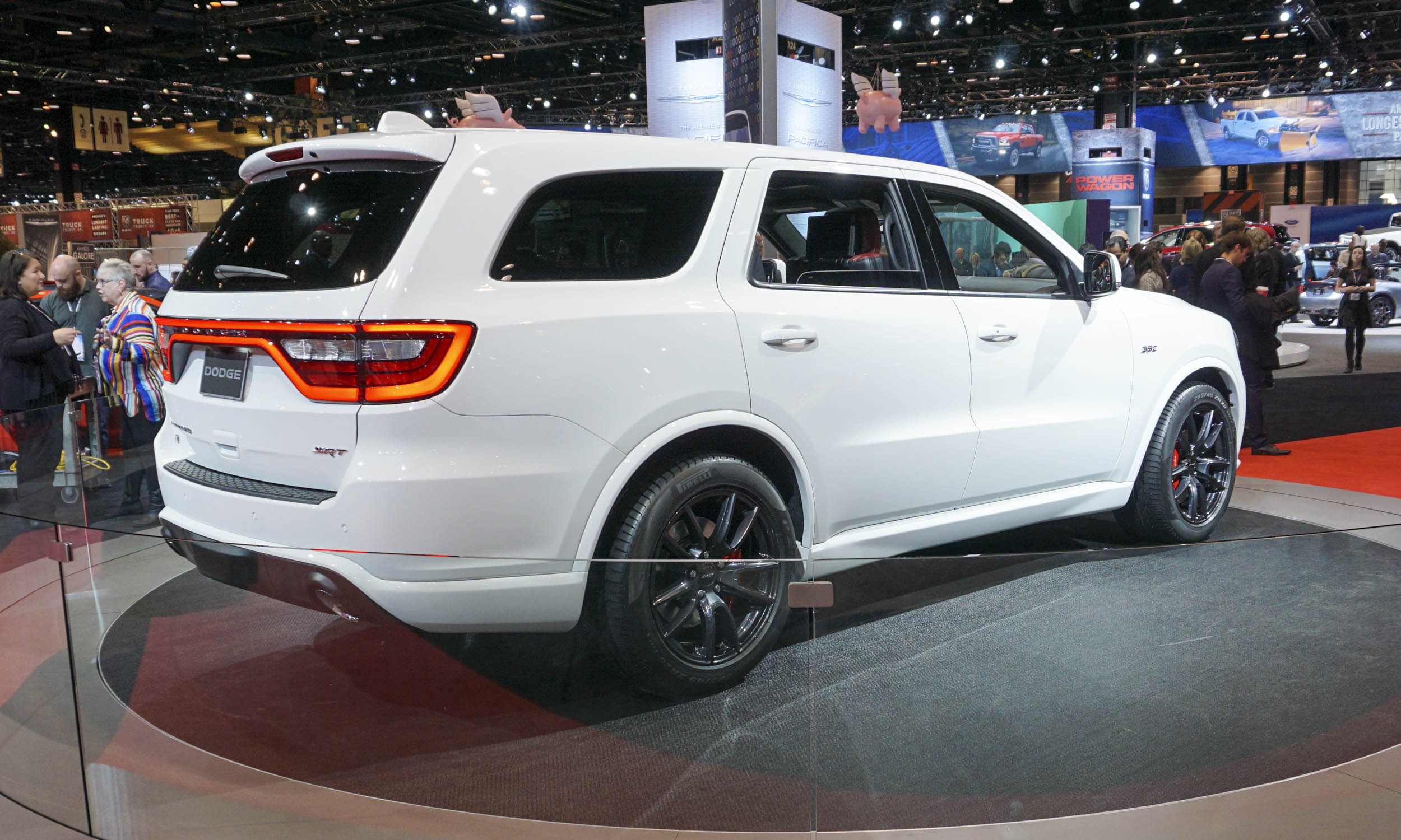 chicago auto show 2017 dodge durango srt 2018 lujo desempe o y altas prestaciones lista de. Black Bedroom Furniture Sets. Home Design Ideas