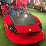 Ferrari Testa D'Oro Colani: Desde principios de la década de 1990, el Ferrari Testa D'Oro se ha mantenido escondido como si de un tesoro se tratara, y no es para menos. Ahora sale a la venta en Maranello, a través de un distribuidor de coches de lujo, quien lo venderá por 1.7 millones de dólares (1,5 millones de euros).