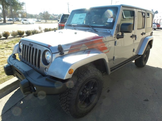 jeep wrangler unlimited sahara winter edition 2107 listo para las aventuras lista de carros. Black Bedroom Furniture Sets. Home Design Ideas