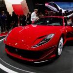 Ferrari 812 Superfast: Es el Ferrari de producción más potente (800CV) y rápido de la marca con esta configuración: motor delantero longitudinal y tracción posterior, ya que el LaFerrari es una serie limitada con motor híbrido situado en posición central y aún más potente, 963 caballos. El  812 Superfast será el sucesor del  Ferrari F12 Berlinetta. Su precio no ha sido confirmado.