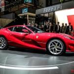 Ferrari 812 Superfast: Su lanzamiento coincide con los 70 años de la fundación de la marca y es el sustituto del F12berlinetta del que toma algunos componentes. Mide 4,66 metros y tiene un peso de 1.525 kilos, con un reparto de 47-53% entre el eje delantero y trasero respectivamente. La anchura es de 1,97 y la altura 1,27. La pintura roja que cubre el exterior no es fruto de la casualidad ya que es un tono denominado Rosso Settanta, en clara alusión a los 70 años de la marca.  Su precio no ha sido confirmado.