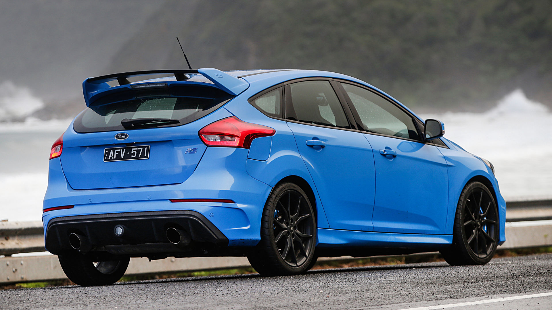 ford focus rs 2017 poder y prestaciones lista de carros. Black Bedroom Furniture Sets. Home Design Ideas