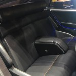 Pininfarina H600: Su interior, y muy al estilo de Pininfarina, evoca un espacio de lujo y relax, gracias a la combinación de materiales como el cuero, el acero y la madera.