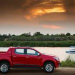 2017 Chevrolet Colorado: Prices U.S.A  (•Base: $20,995) (•WT: $31,965) (•LT: $34,670) (•Z1: $36,775)