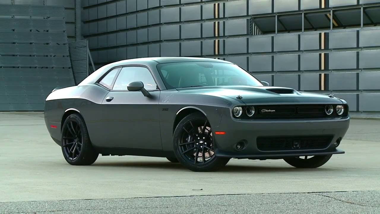 dodge challenger 2017 atractivo seguro potente y eficiente lista de carros. Black Bedroom Furniture Sets. Home Design Ideas
