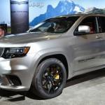Jeep Grand Cherokee Trackhawk 2018: Según el Grupo FIAT Chrysler Automobiles el Jeep Grand Cherokee Trackhawk llegará a los distribuidores a finales de este 2017, pero su precio no fue confirmado.