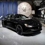 Maserati Ghibli Nerissimo Edition:Es un deportivo de lujo de edición limitada que está dirigido solo para el mercado de los Estados Unidos y Canadá. Solo serán 450 exclusivas unidades a un precio aún mucho más exclusivo. Su precio arranca en los $77,250 dólares.