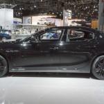 Maserati Ghibli Nerissimo Edition: Tiene estos precios: (•Ghibli Nerissimo: $77,250 dólares). (•Maserati Ghibli Nerissimo S: $84,000 dólares). (•Maserati Ghibli Nerissimo S Q4: $86,500 dólares).