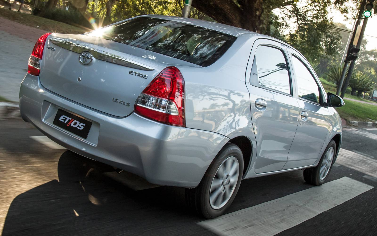 Toyota Etios Sed 225 N 2017 6 Lista De Carros