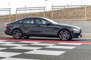 Jaguar XF 2017: elegante, estilizado, moderno, poderoso y exclusivo.