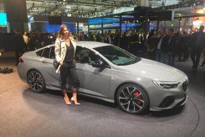 Auto Show de Frankfurt 2017: Opel Insignia GSi 2018, deportividad y prestaciones