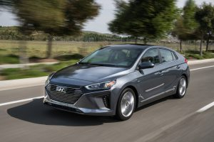 Hyundai Ioniq 2018: ya llegó el rival de Toyota Prius