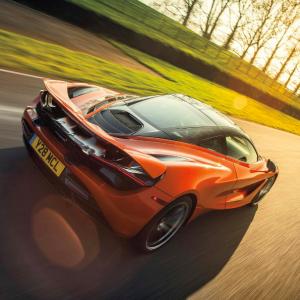 Imágenes de autos veloces (19)