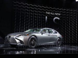 Lexus LS 2018: acuerpado, lujoso y con una elegancia bastante especial.