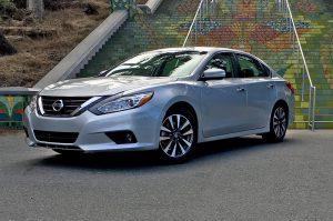Nissan Altima 2018: elegante y deportivo
