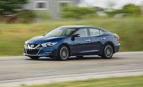 Nissan Maxima 2018: rendidor, deportivo y lujoso.