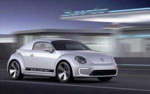 Se rumora que el Volkswagen Beetle volviera eléctrico y con cuatro puertas.