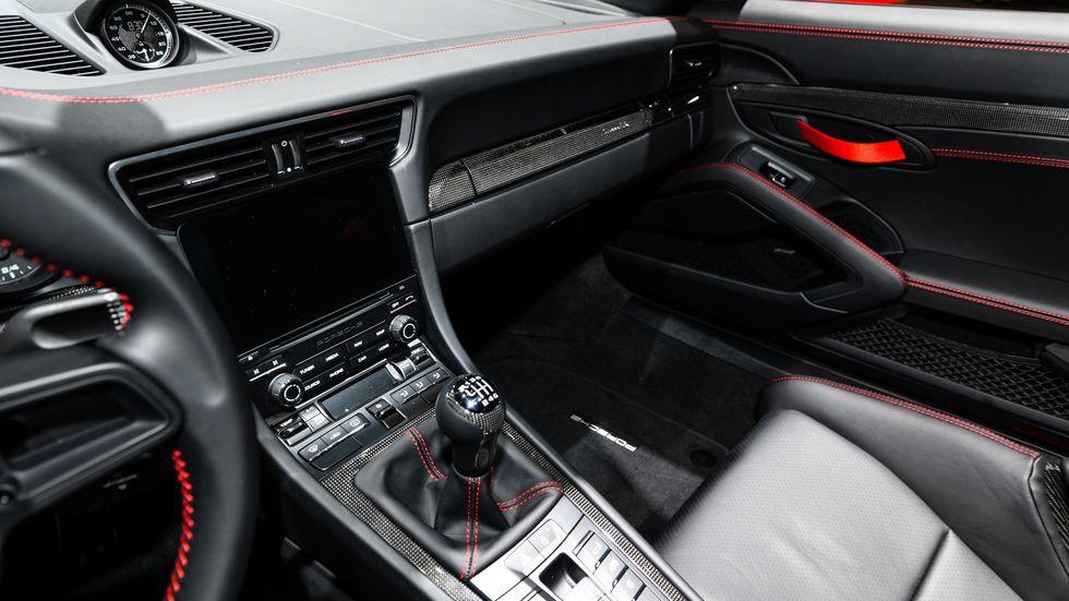 auto show de nueva york 2019 porsche 911 speedster 2019 s lo 1 948 unidades lista de carros. Black Bedroom Furniture Sets. Home Design Ideas