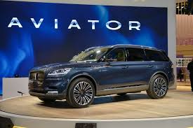 Lincoln Aviator 2020:  influencia aeroespacial para seducir al mercado
