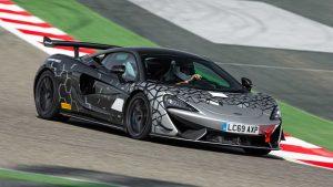 McLaren 620R 2020: Del circuito pero legal para las calles