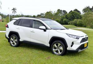 Toyota RAV4 2020: Renovada, más agresiva y robusta.