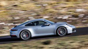 Ganaron los clientes: El Porsche 911 tendrá transmisión manual nuevamente