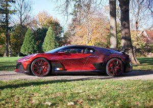 Bugatti Divo Lady Bug: Un One-off con diamantes y 1500 CV.