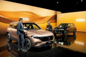 Salón de Shanghái 2021: Mercedes-Benz EQB, la versión eléctrica del GLB.