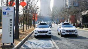 En China los taxis %100 autónomos ya ruedan por las calles (con video)