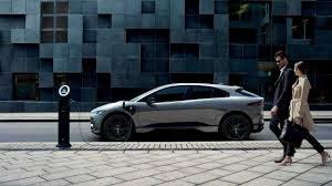 Jaguar I-Pace 2022: Retoques y un sistema de recarga más eficiente.