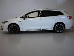 Toyota Corolla Touring GR Sport: Un eficiente y deportivo carro familiar