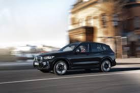 BMW iX3 2022: Ahora con más estilo y equipamiento